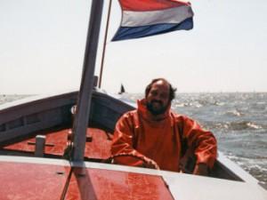 Afb.: Jan Sepp in Hr.Ms. Onverschrokkene op weg naar Terschelling